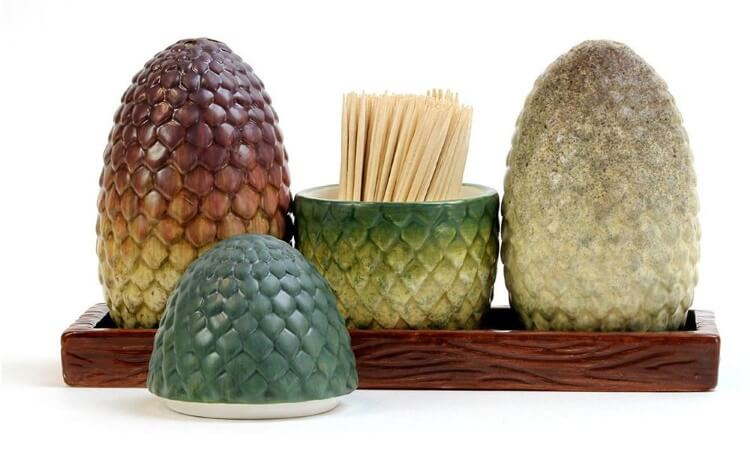 dragon eggs salt and paper shakers